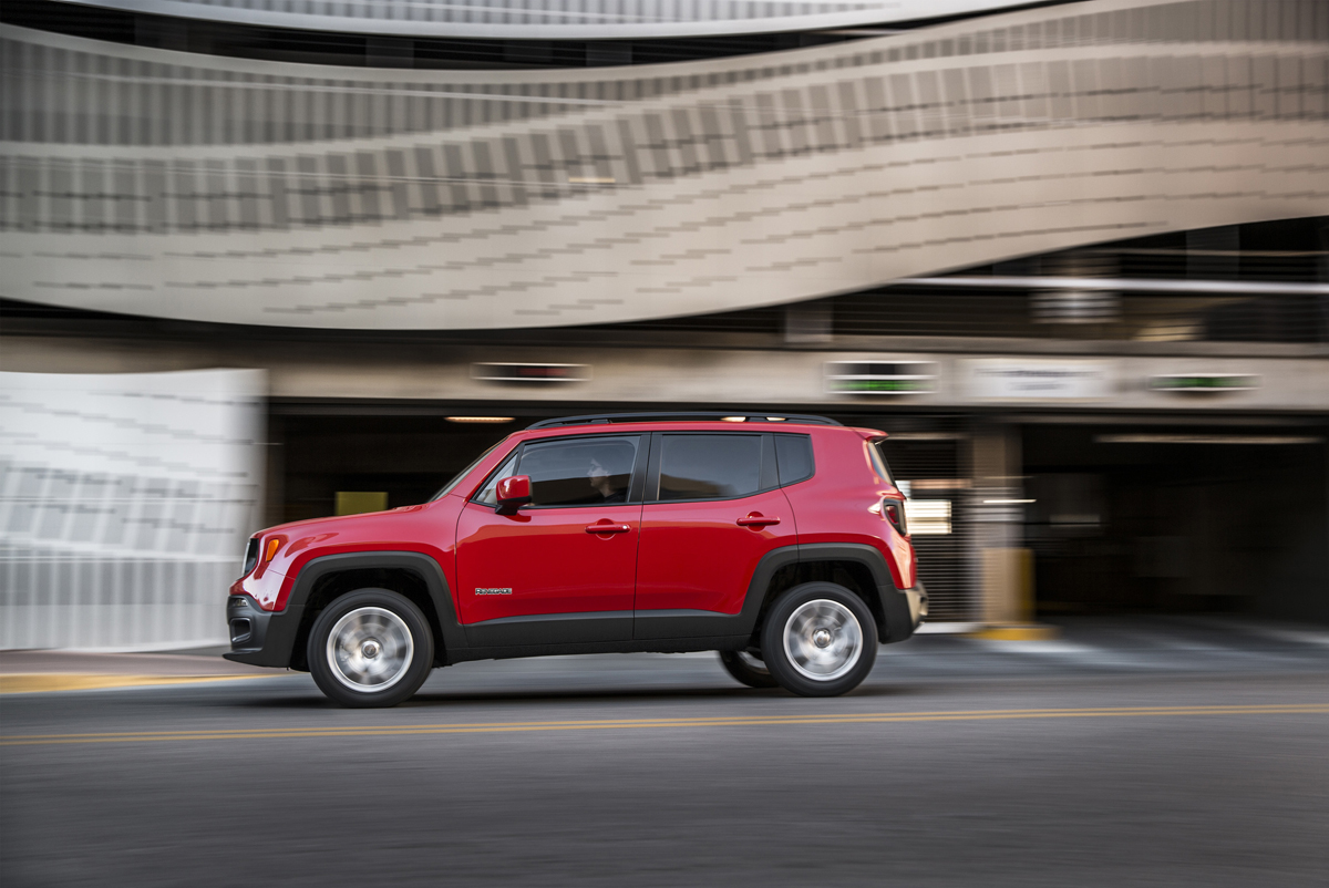 TOASTERJEEP-JEEP-RENEGADE-JP015_005RN