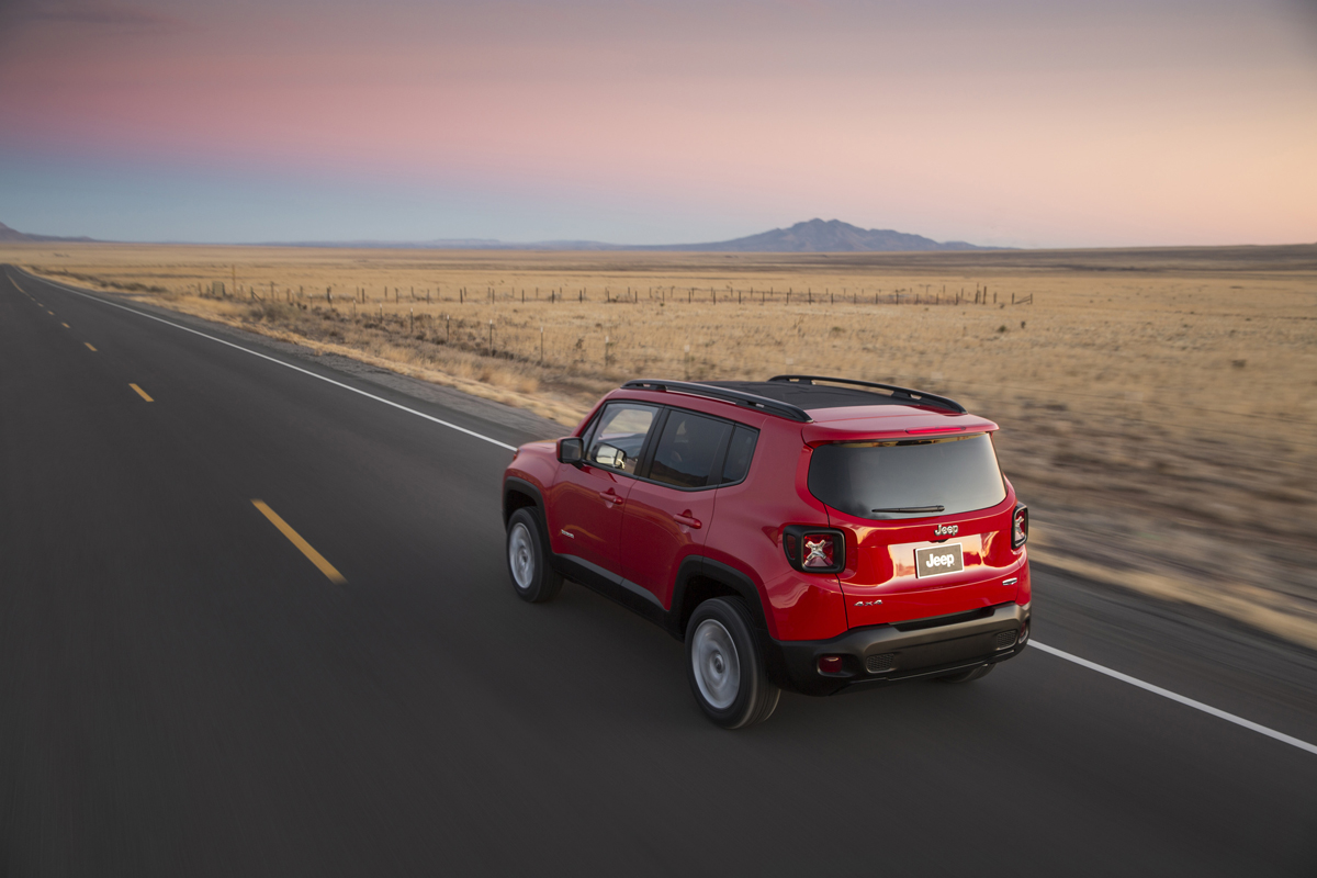 TOASTERJEEP-JEEP-RENEGADE-JP015_026RN